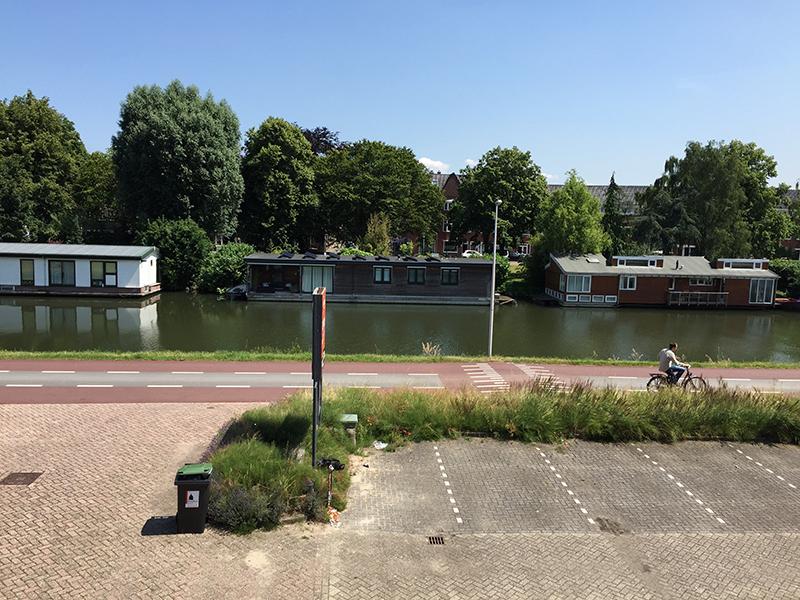 Uitzicht op kanaal kamer 8 Bedrijfsverzamelgebouw kantoor Utrecht Kanaalweg